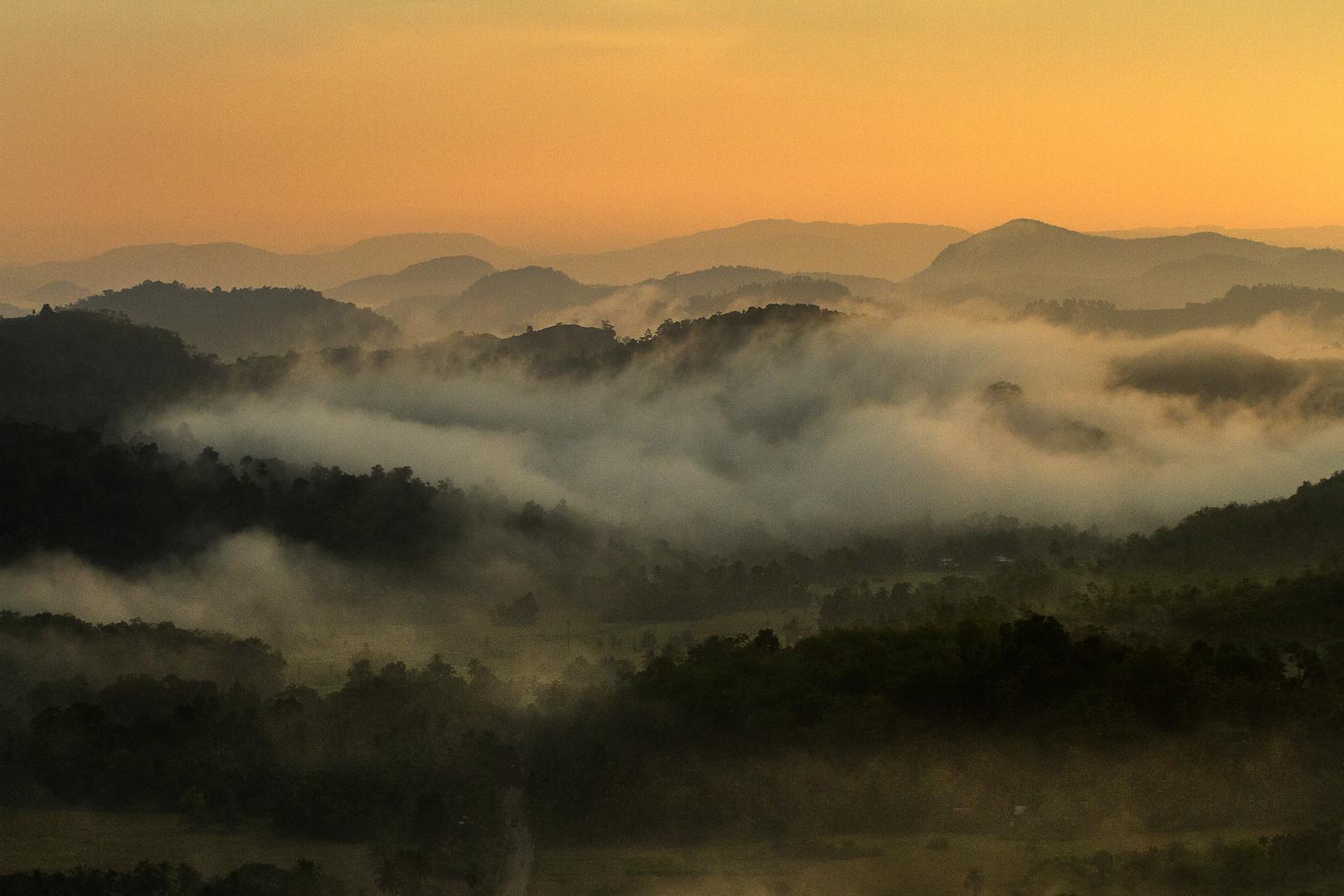 Sonnenaufgang aus dem Ballon - Sri Lanka