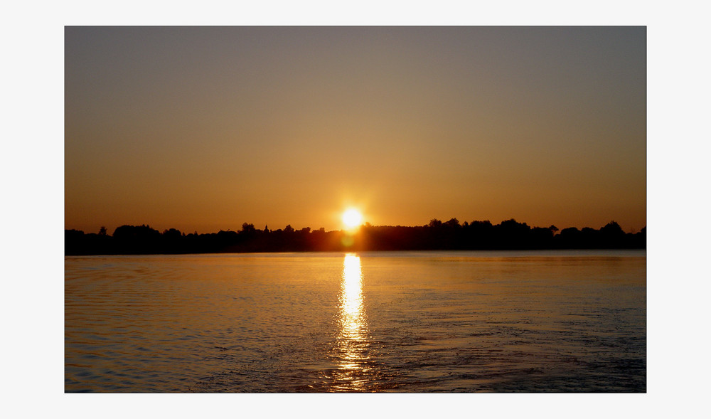 ..Sonnenaufgang Beetzsee.....