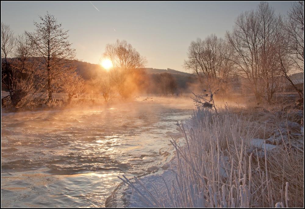 Sonnenaufgang bei -18° an der Eder