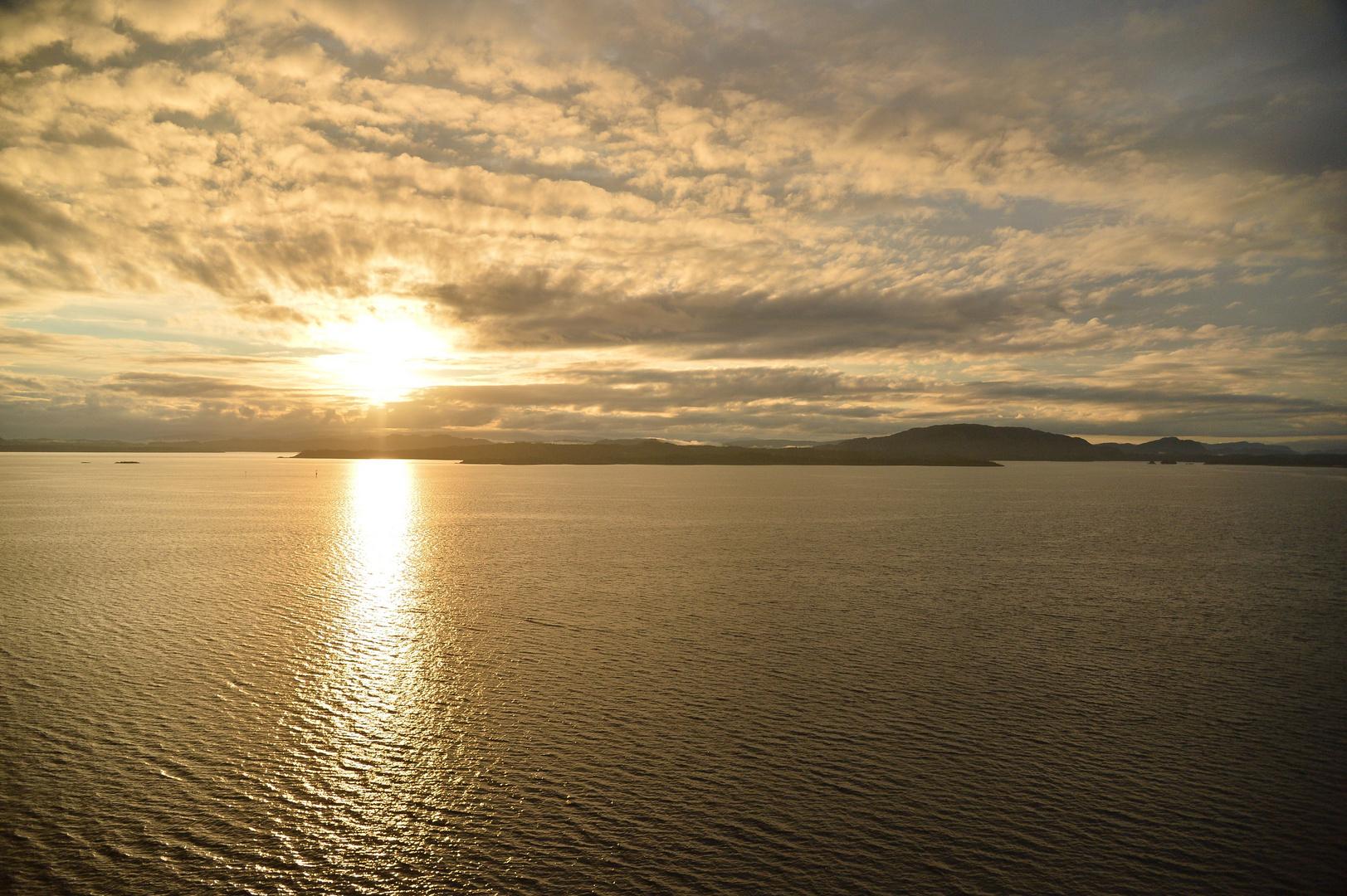 Sonnenaufgang Bergen