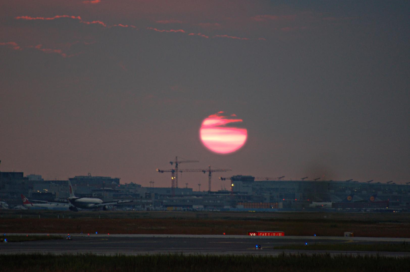 Sonnenaufgang Fraport