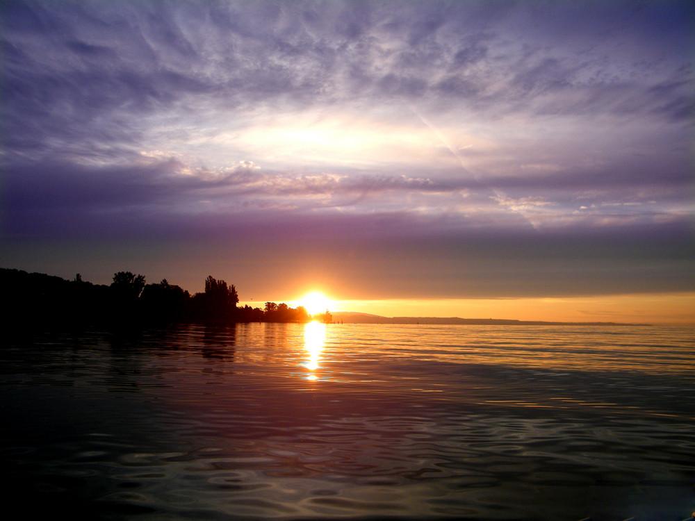 Sonnenaufgang gesehen vom Konstanzer Trichter