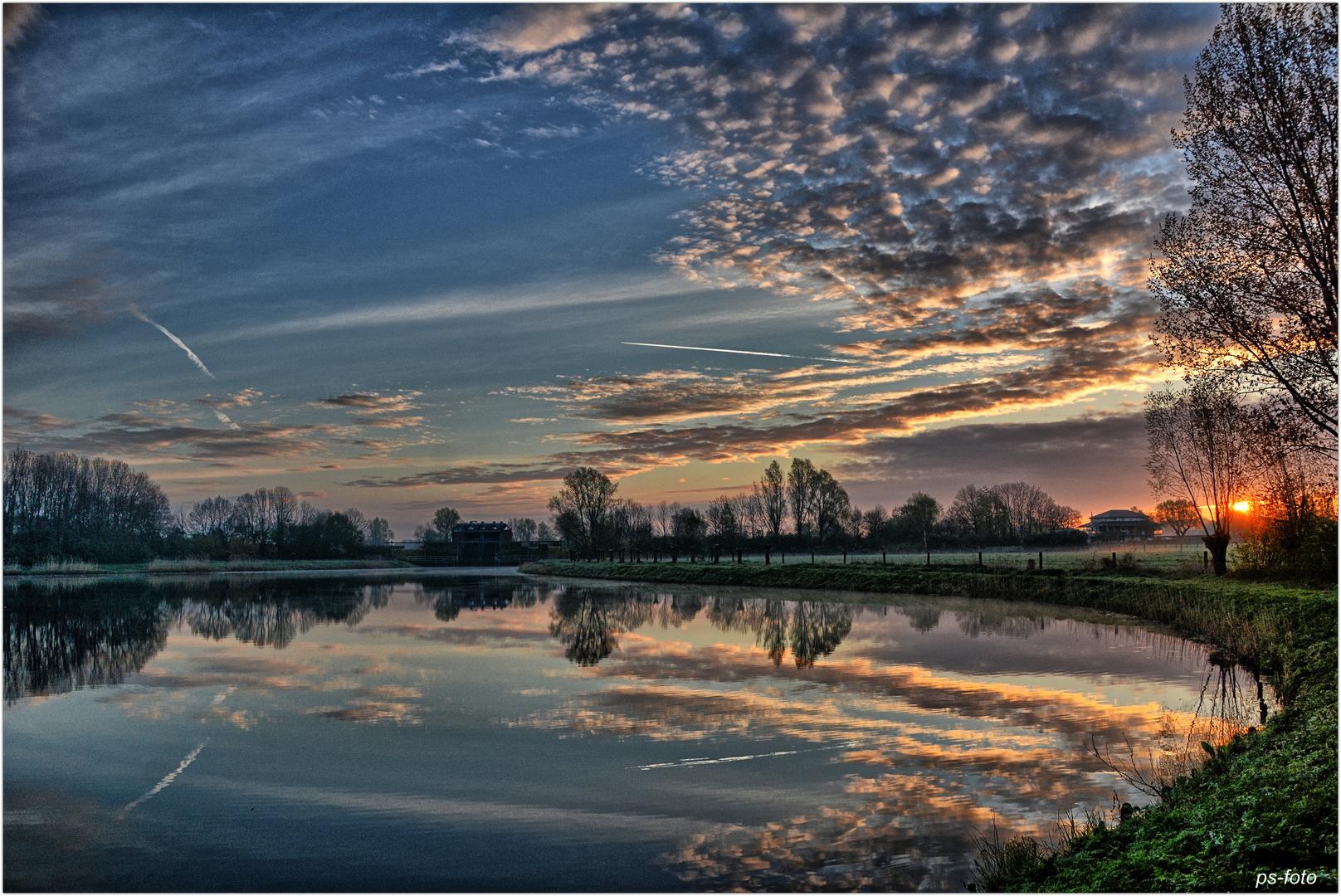 Sonnenaufgang-Giesbeek