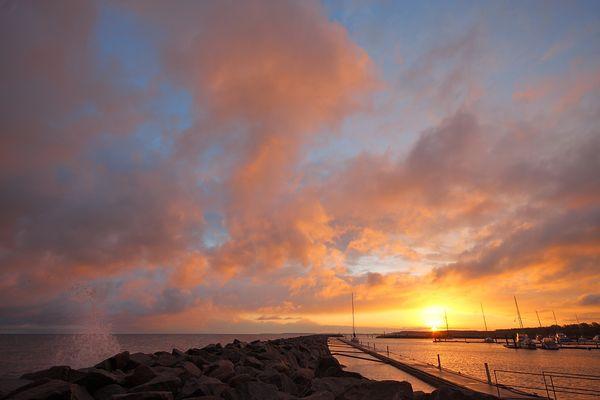 Sonnenaufgang im Kühlungsborner Hafen