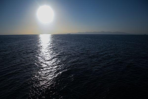 Sonnenaufgang im Mittelmeer.
