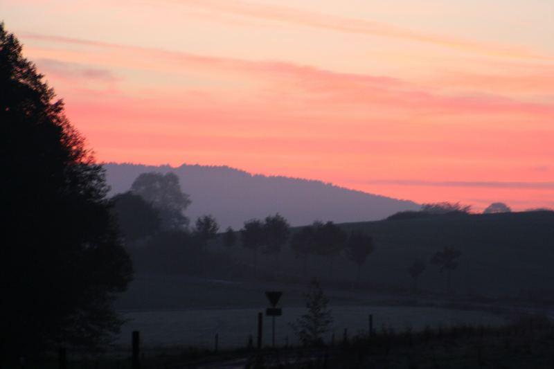 Sonnenaufgang im Vogelsberg