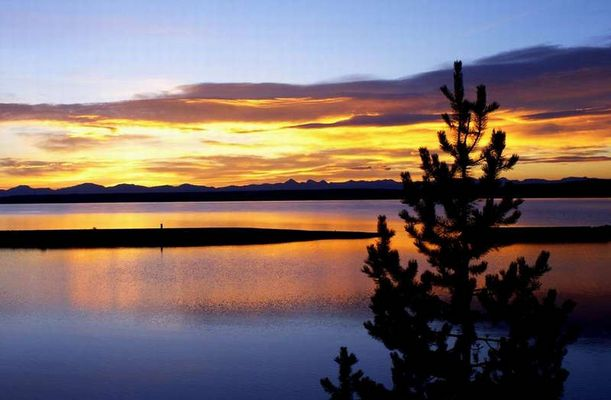Sonnenaufgang im Yellowstone National Park