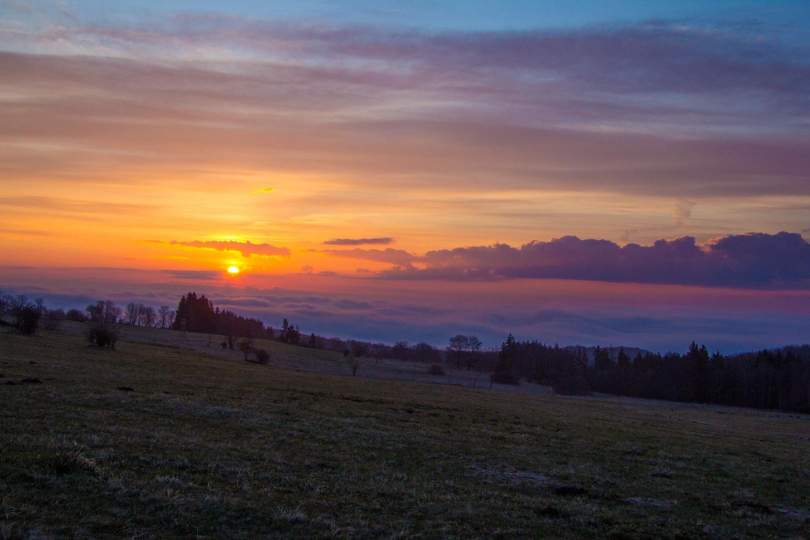 Sonnenaufgang in der Hochrhön