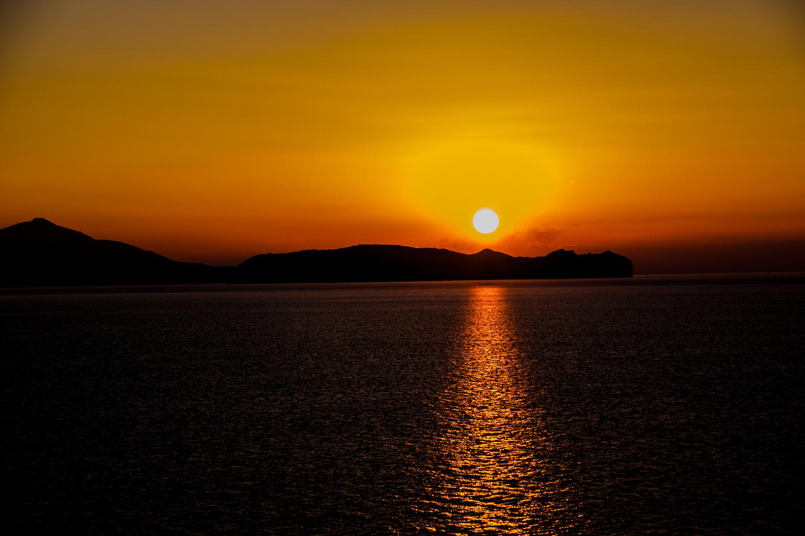 Sonnenaufgang in der Kaldera