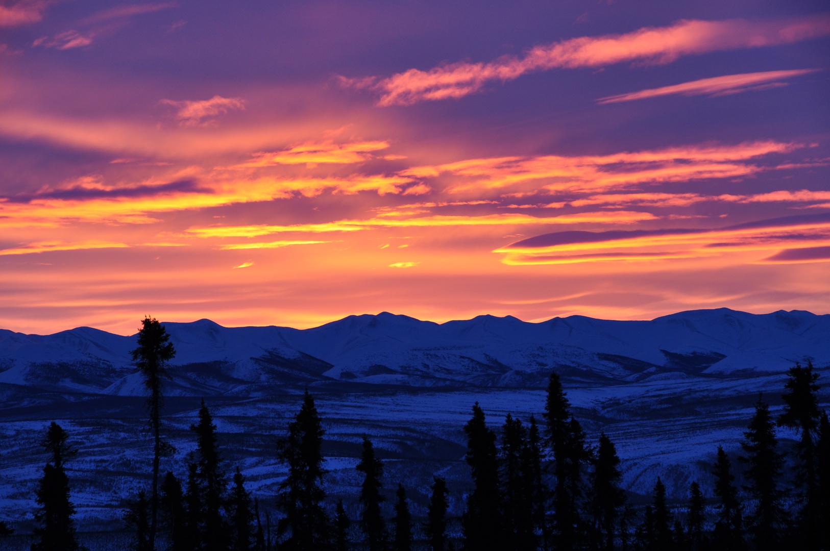 Sonnenaufgang in der kanadischen Arktis