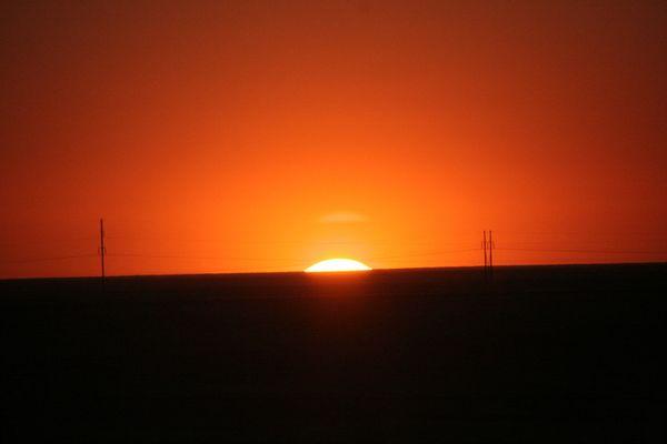 Sonnenaufgang in der Wüste Gobi