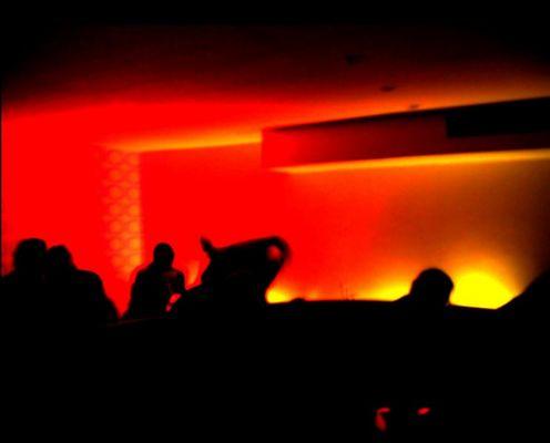 Sonnenaufgang in einer Bar