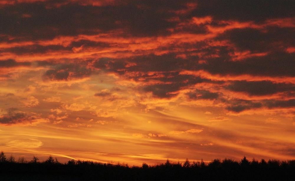 Sonnenaufgang in Flammen