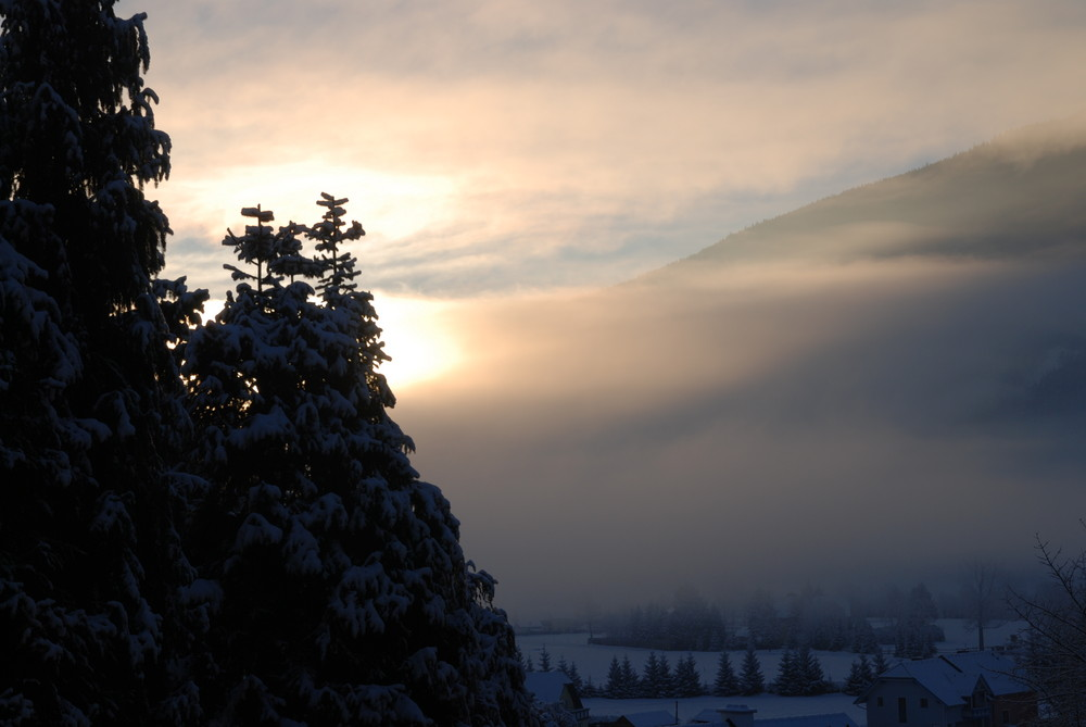 Sonnenaufgang in St. Michael, Lungau, Österreich