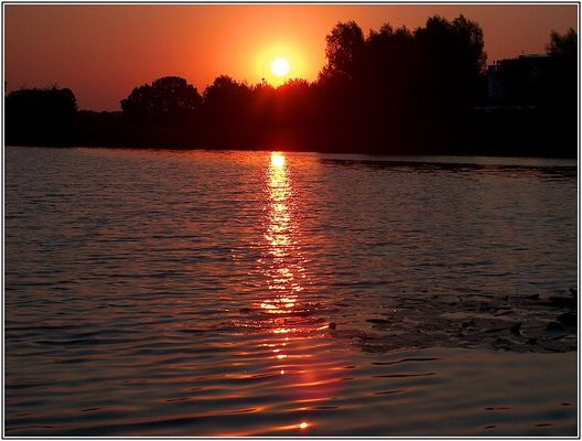 Sonnenaufgang in Wedel...
