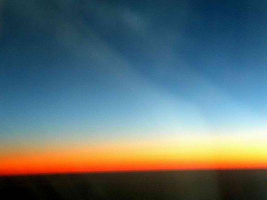 Sonnenaufgang irgendwo über Ägypten