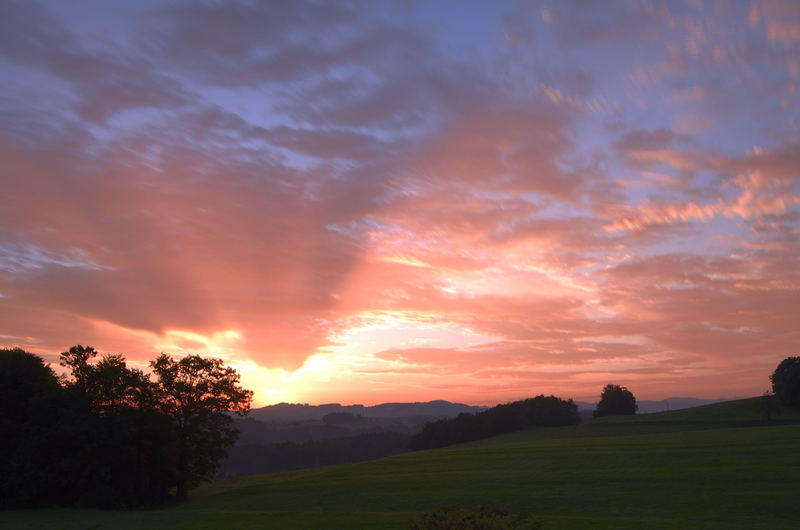 Sonnenaufgang Stolzenberg, Uzwil SG, Schweiz