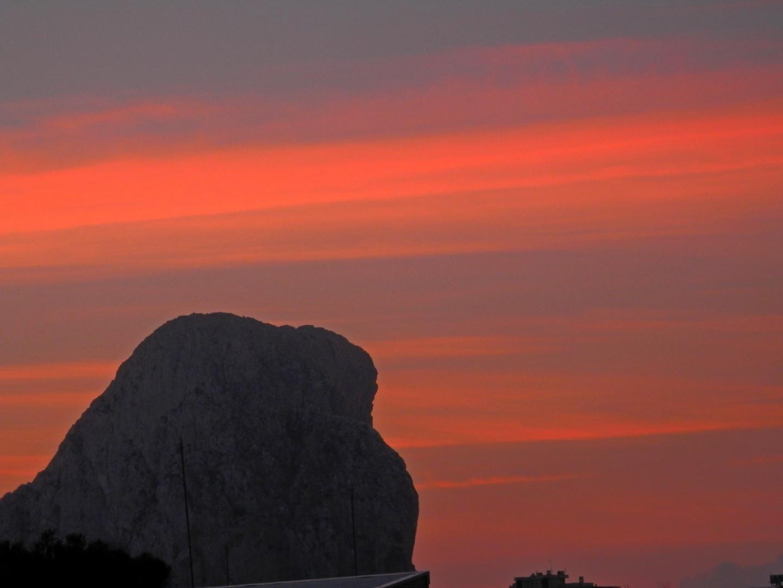 Sonnenaufgang ueber Calpe