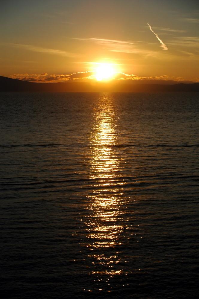 Sonnenaufgang über Cres