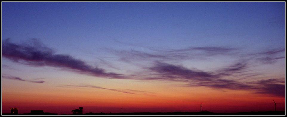 Sonnenaufgang über dem Expo-Gelände Hannover