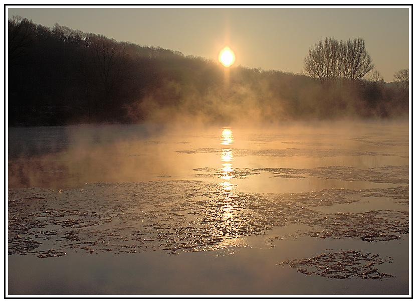 Sonnenaufgang über dem Main