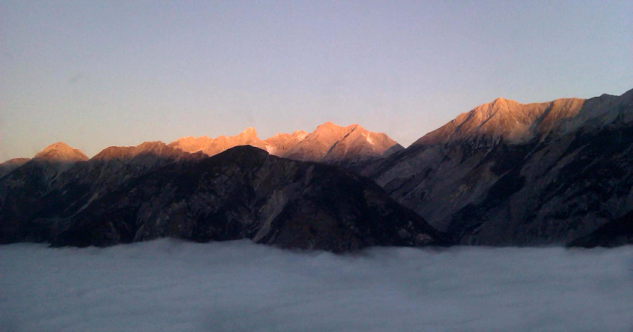 Sonnenaufgang über der Nordkette (Innsbruck)
