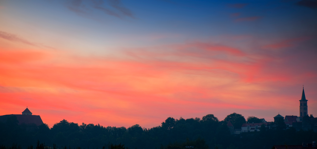 Sonnenaufgang über Friedberg / Bayern