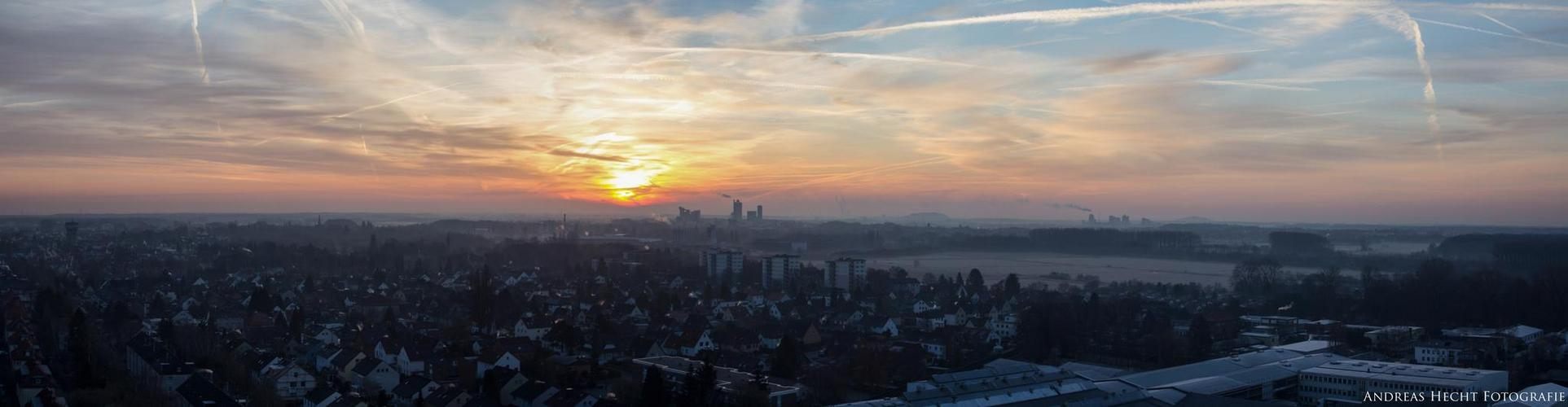 Sonnenaufgang über Hannover (Panorama)
