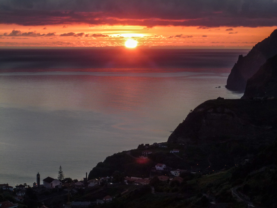 Sonnenaufgang über Porto da Cruz