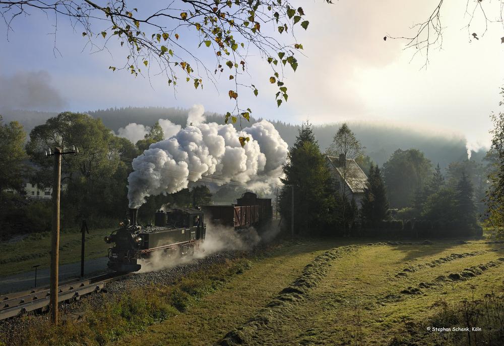 Sonnenaufgang und Nebelschwaden im Erzgebirge - Die Zweite!