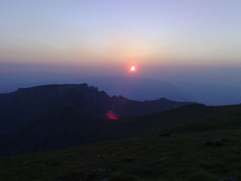 Sonnenaugänge in Bucegi (Rumänien)