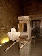 Sonnenbarke im Tempel von Edfu