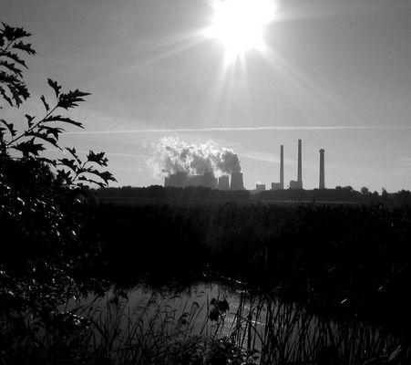 Sonnenenergie und Braunkohlenenergie
