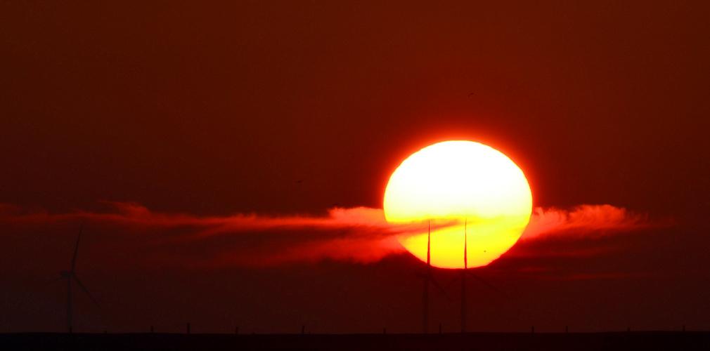 Sonnenenergie - versus- Windkraft