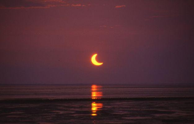 Sonnenfinsternis vom 31. Mai 2003