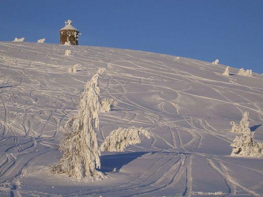 Sonnenobservatorium im tiefsten Winter