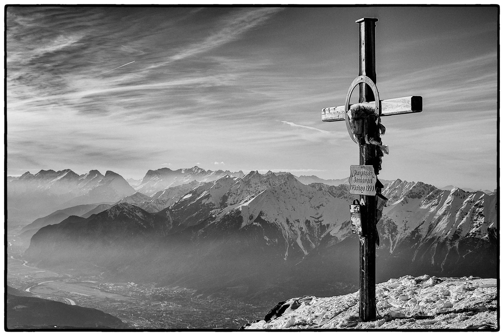 Sonnenspitze mit Blick auf Innsbruck, 2639 m.ü.d.M
