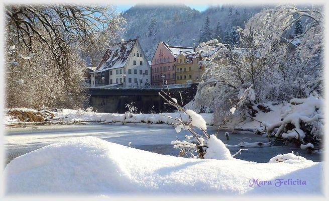 SONNENSTRAHLEN IM SCHNEE .........am Lech - Füssen
