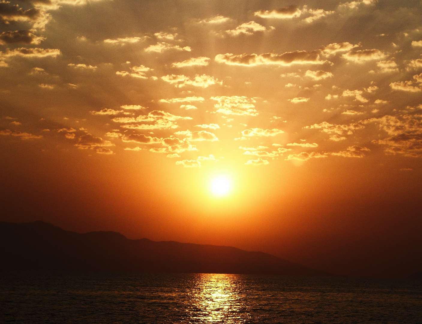 Sonnentuntergang auf dem Meer