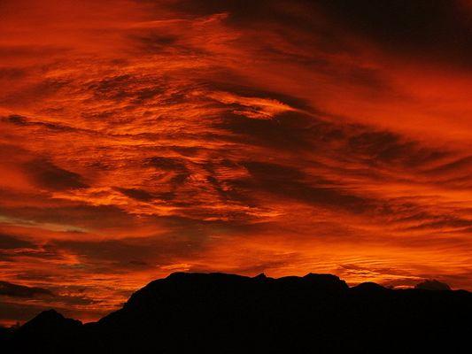 Sonnenuntergamg über dem Rofan.............