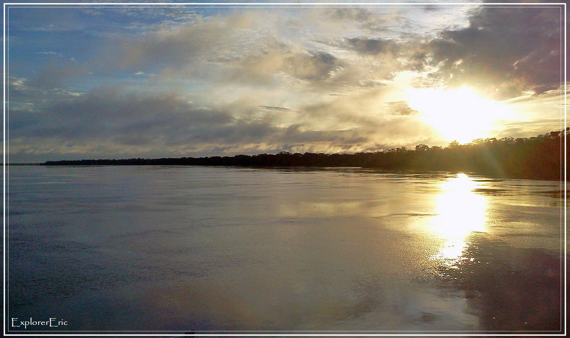 Sonnenuntergang am Amazonas...............