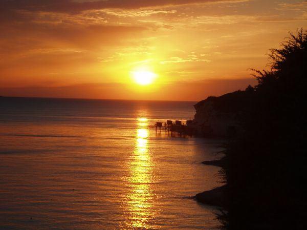 Sonnenuntergang am Atlantik (Frankreich)