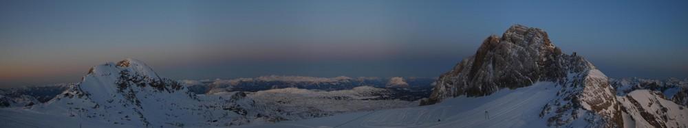 Sonnenuntergang am Dachsteingletscher