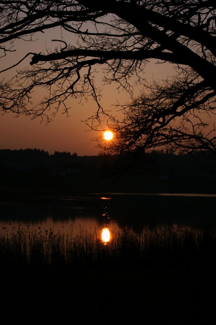 Sonnenuntergang am Egglburger See