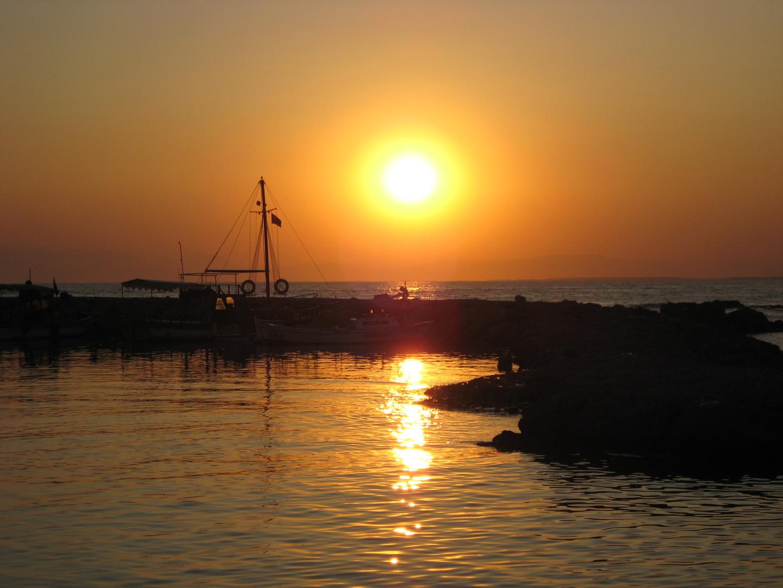 Sonnenuntergang am Hafen von Side