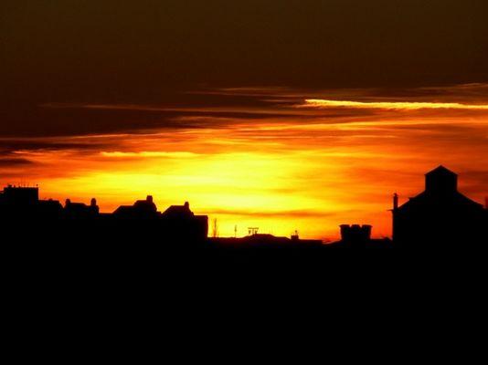 Sonnenuntergang am Industriehafen