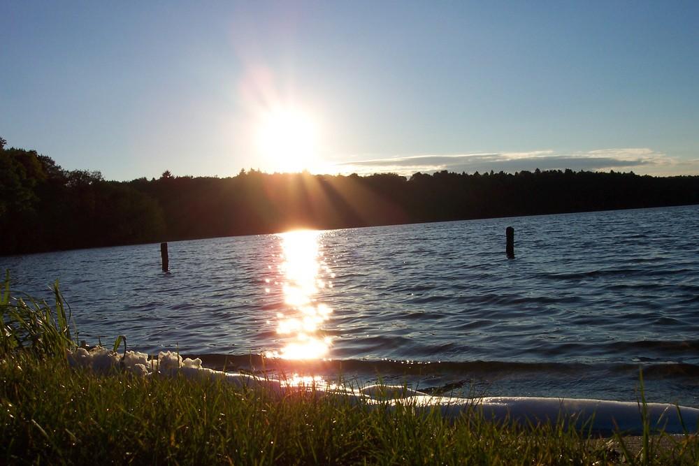 Sonnenuntergang am Lütauer See
