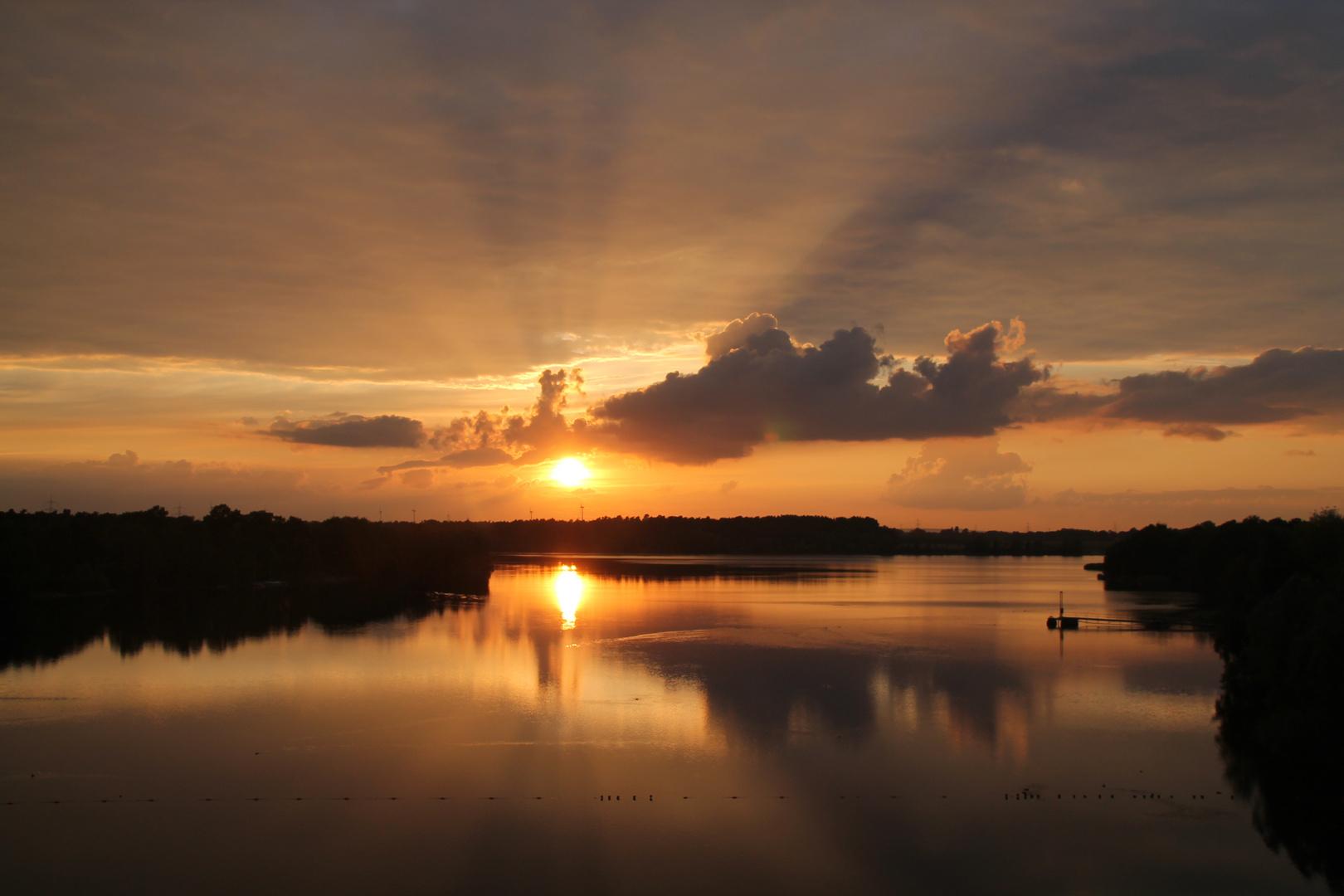 Sonnenuntergang am Offlumer 3