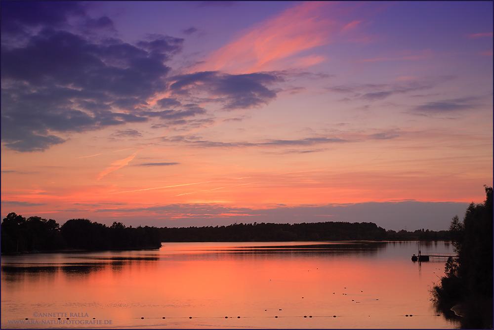 Sonnenuntergang am Offlumer See