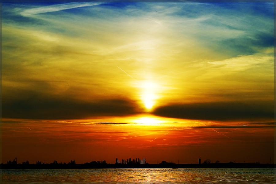 ... Sonnenuntergang am Rhein ...
